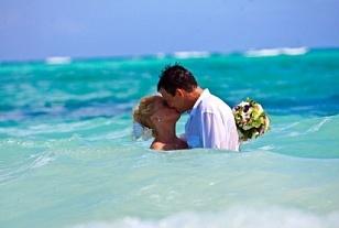 венок,фата,свадьба в Доминикане,свадьба,оригинальная свадьба