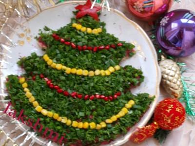 новый год,елка,салат,еда,праздничный стол,гости