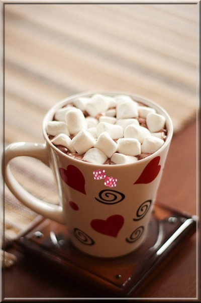 горячий шоколад,белый шоколад,зефир,черный шоколад,молоко