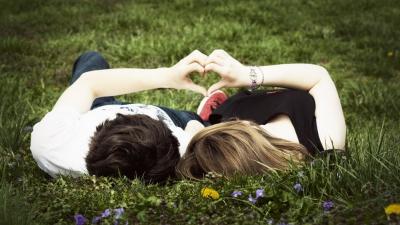 признания,признание в любви,чувства,нежность,любовь.мужчина,места,улица,телефон.кино,лавочка,постель