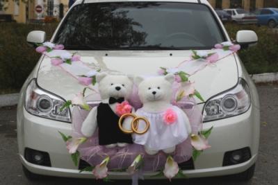 свадьба,машина,жених,невеста,украсить машину