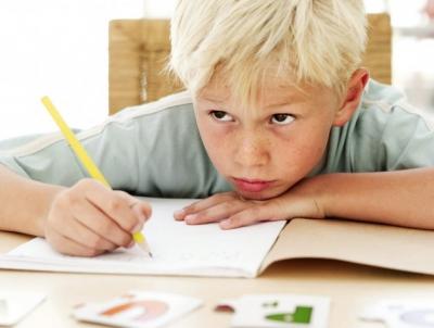 ребенок,почерк,проблемный почерк,школа,подготовка,письмо,ручка,тетрадь