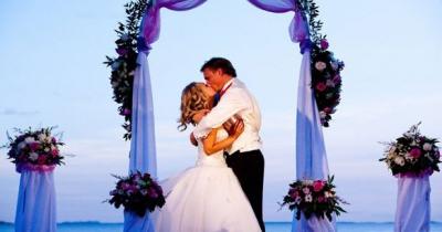 свадьба,жених,невеста,торжество,букет,веселье,гости