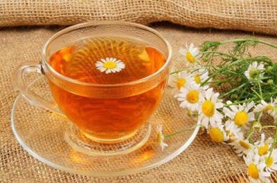 лекарство,ромашка,свойства,польза,аптечная ромашка,чай,настой